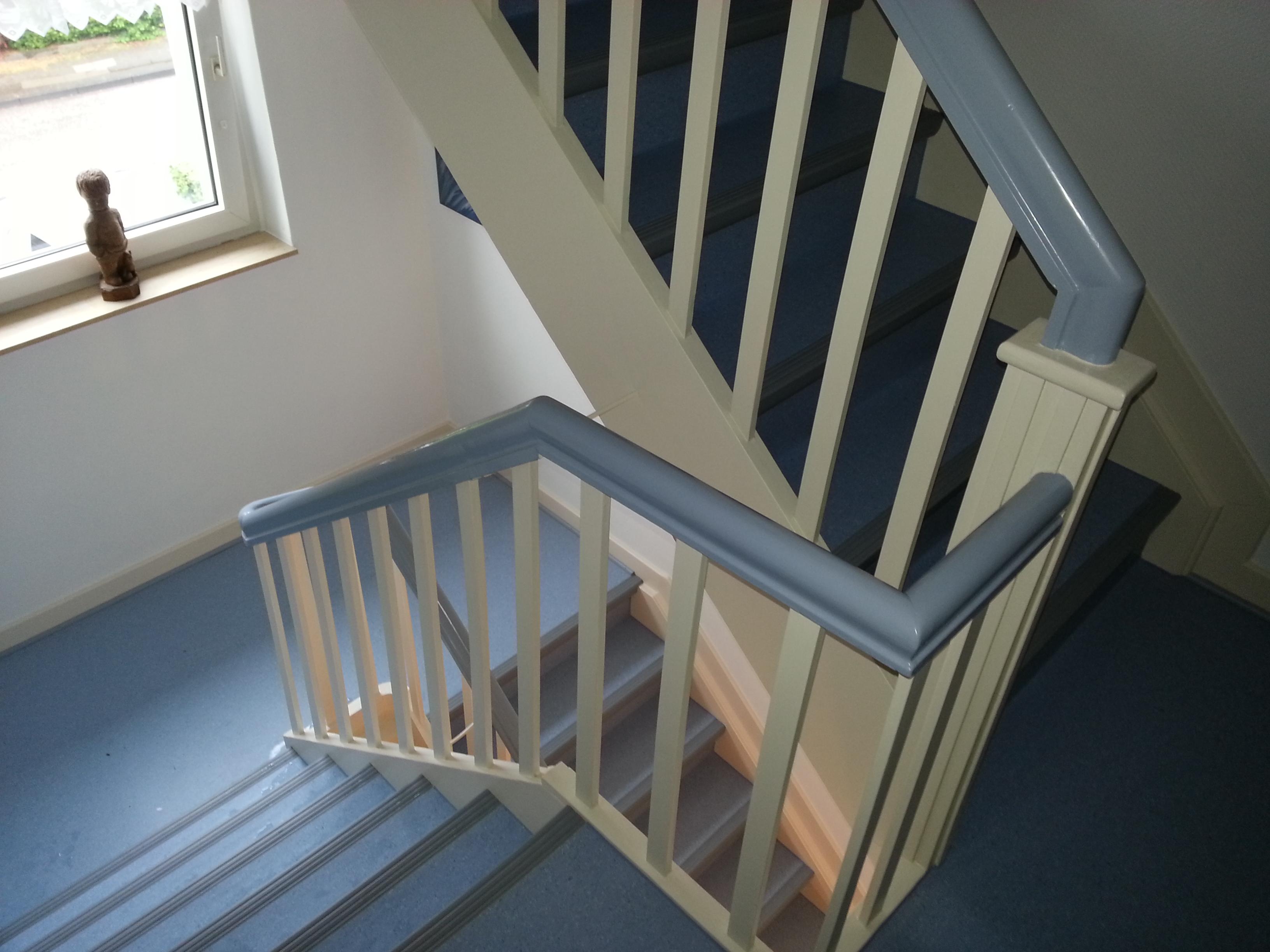 Treppenhaus mit PVC-Bodenbelag